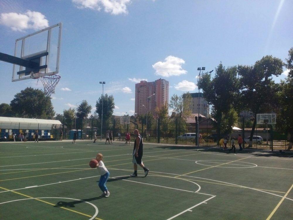 Карьера в баскетболе