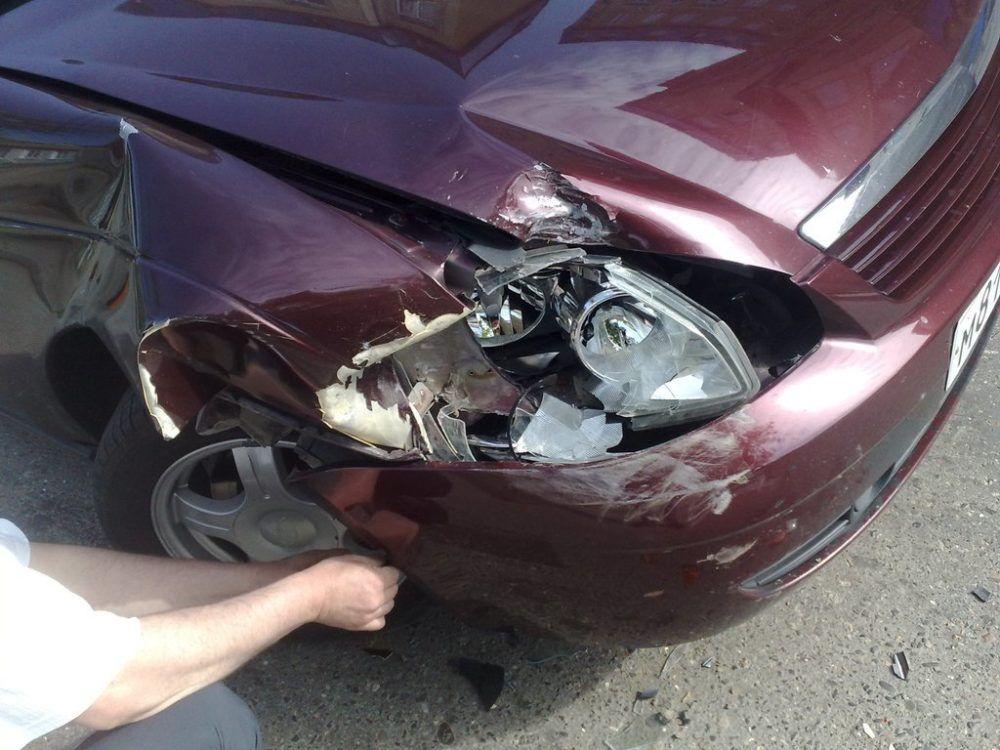 Купил и попал в аварию