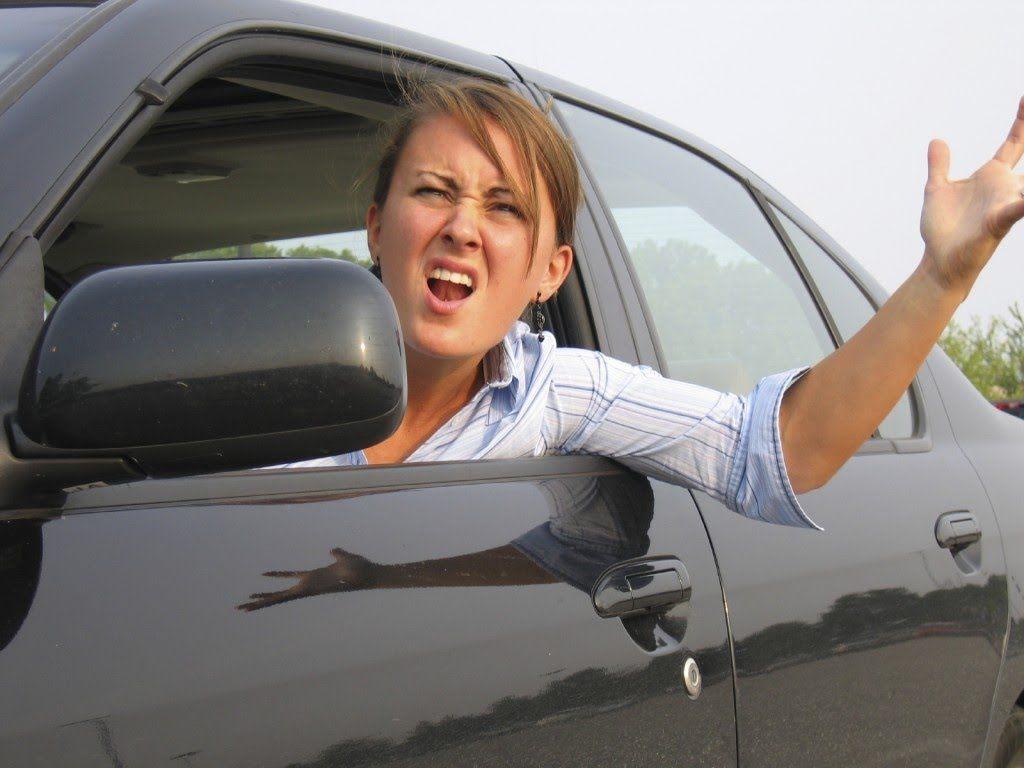 Мастера по вождению автомобиля — девушки