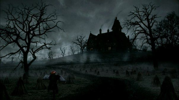 Страшный дом в конце нашей улицы