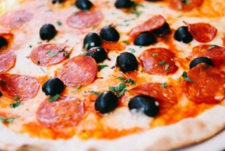 Афера с пиццей