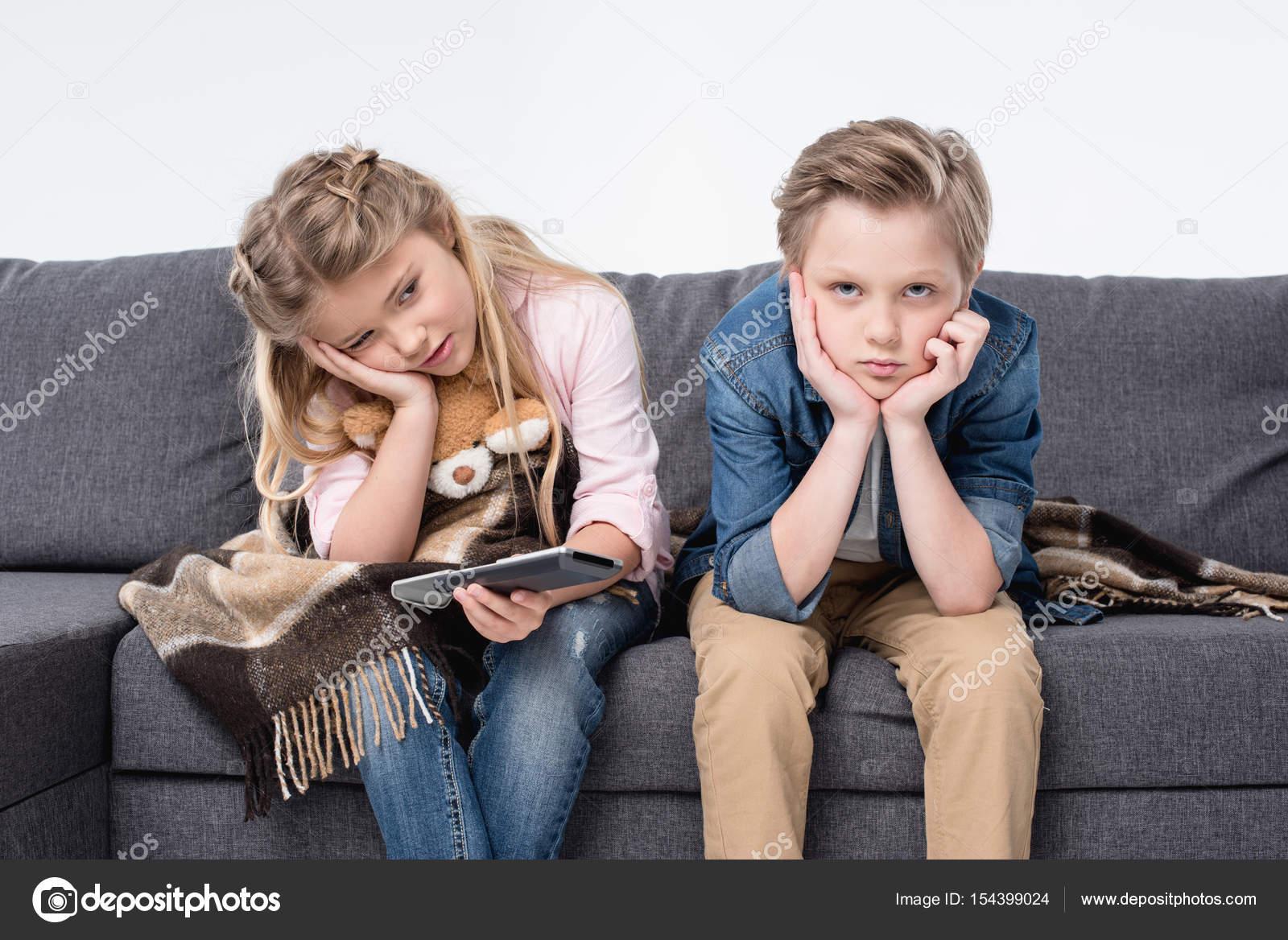 Брат и сестра…