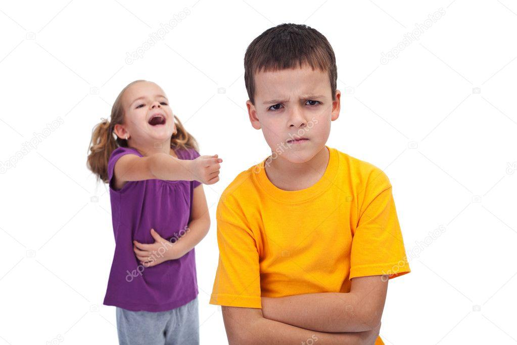 Жестокие подростки.