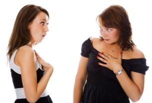 Спор на мужа между подругами