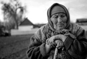 Покойная бабка защитила
